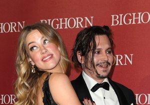 Amber Heard po rozvodu s Johnnym Deppem věnuje všechny vysouzené peníze na charitu.