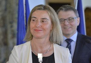 Mogherini a Zaorálek jednali o uprchlické krizi.