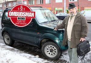 Václav Melduška měl loni v zimě dopravní nehodu. Na křižovatce mu řidič nedal přednost zprava, servis po pojišťovně viníka požadoval 56 tisíc za opravu, ta ale pojistné plnění zamítla.
