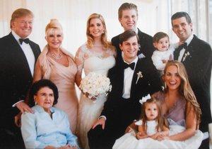 Svatba dcery Ivanky v roce 2009.