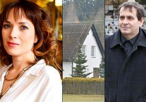 Režisér Kracik se před rozvodem pojistil a koupil druhou polovinu domu, kde žije jeho matka.
