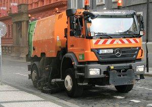 Na Praze 20 proběhne blokové čištění ulic. Řidiči si musí včas přeparkovat