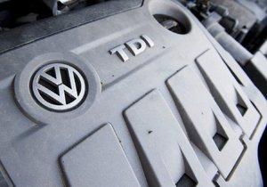 """Volkswagen bude v USA """"solit"""": Ošizení zákazníci dostanou 120 tisíc."""