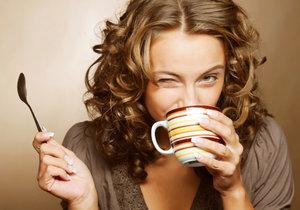 Tělo je schopno přijmout tekutiny i z kofeinových nápojů, pokud je na ně zvyklé.