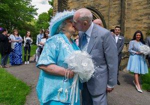 Svatební den se jim skutečně vydařil.