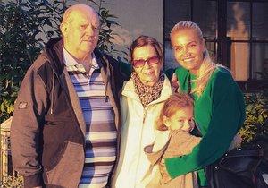 Dara Rolins s rodiči