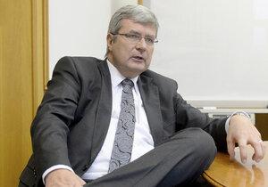 Vlivný právník a šéf České unie sportu Miroslav Jansta