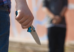Hádka dvou řidičů přerostla v pokus o vraždu. (Ilustrační foto)