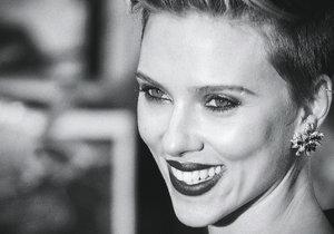 Scarlett Johansson v Paříži otevře vlastní obchod s popcornem, kde bude i obsluhovat.