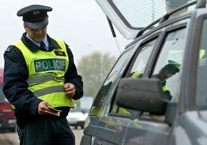 Policie při kontrolní akci v Praze odhalila dva řidiče pod vlivem drog a dva opilé. (Ilustrační foto)