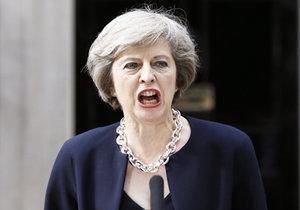 Nová britská premiérka: Klidně bych shodila atomovku na civilisty.