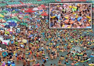 Plážové šílenství v Číně