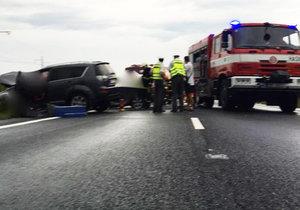 Při těžké autonehodě zemřel desetiletý chlapec.