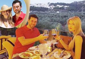 Domenico Martucci bere svou novou přítelkyni po stopách v Itálii, kam brával svou tehdejší lásku Ivetu Bartošovou.