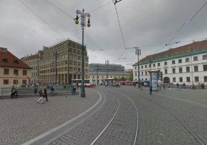 Omezení tramvají na náměstí Republiky: Rozsáhlá oprava trati jde do finále