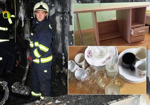 Lidé pomáhají sousedce, které zcela vyhořel byt. Nabízejí jí například stůl nebo nádobí.