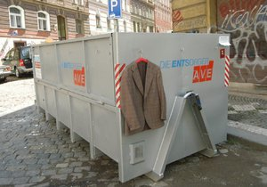 """Podzimní """"debordelizace"""" v Libuši: Radnice přistaví kontejnery milovníkům pořádku"""