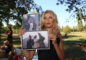 Tereza Maxová byla z fotek ze své minulosti nadšená.