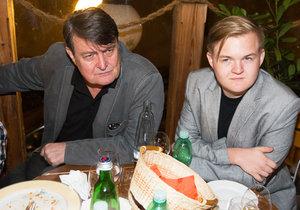 Artur Štaidl je tak podobný svému otci Ladislavu Štaidlovi, že z toho až mrazí.