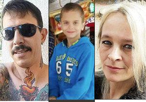 Potetovaný šílenec uškrtil svoji přítelkyni a jejího syna.