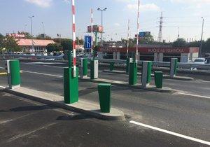 Středočeši mají smůlu: Metropole Zličín od pondělí zpoplatní dlouhodobé stání