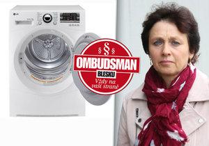 Paní Vítězslava Zdráhalová koupila na internetu sušičku prádla. Od té doby si u ní opraváři podávají dveře.