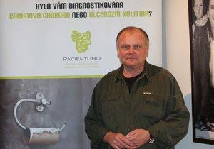 Herec Igor Bareš podporuje výzkum Crohnovy choroby, kterou trpí.