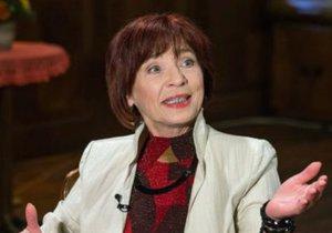 Hlasatelka Marta Skarlandtová přišla o hlas kvůli cigaretám.