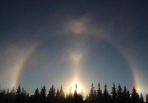Vzácný Moilanenův oblouk pojmenovaný po finském lovci jevů byl v úterý k vidění nad Churáňovem od 7:45 hodin do téměř 9 hodin ráno.