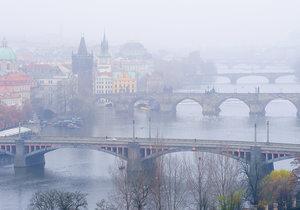 Jak chce Praha omezit dopravu při smogu? Mohou rozhodnout sudá nebo lichá čísla na SPZ