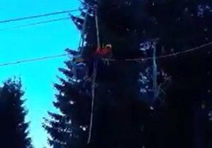 Zastavená lanovka v Opalisku Závažná Poruba