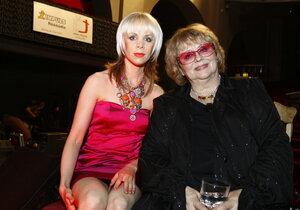 Naďa Urbánková uvedla, že dcera Jana byla v klinické smrti.