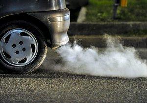 Stovky tisíc aut v Česku špatně filtrují zplodiny.