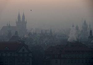 Kvůli smogu možná Praha zavede bezplatnou MHD.