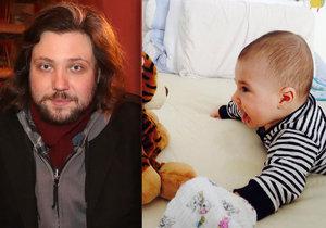 Felix Slováček ml. přiznal, že jeho pětiměsíční syn už bude brzy lézt.