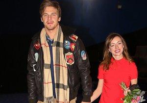 Tatiana Vilhelmová s Vojtou Dykem v kině