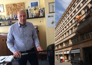 Na radnici Prahy 1 zasahovala policie. Odnesli si jen nějaké dokumenty, uvedl starosta Lomecký.