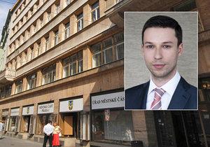 Policie si na radnici Prahy 1 byla pro dokumenty, týkající se bytové privatizace. Bytovou politiku má na starosti za MČ radní Macháček.