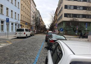 V Praze se rozšíří zóny placeného stání. (ilustrační foto)