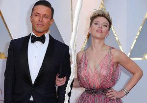 Na Oscarech byli ještě spolu, teď se ale Scarlett Johansson a Romain Dauriac rozvádějí.