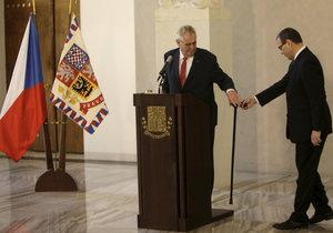Miloš Zeman ofociálně oznámil svou druhou kandidaturu na prezidenta. Mluvil i o svém zdraví (10. března 2017)