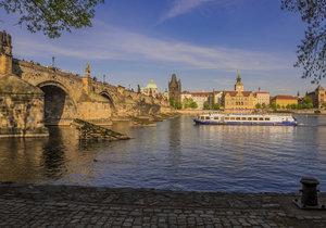 Do Prahy se vrátí jaro: Oteplí se až na 12 stupňů Celsia, těšte se na víkend
