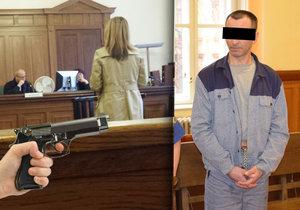 Přepadená pokladní u soudu popsala tři minuty hrůzy, kdy se bála o život.