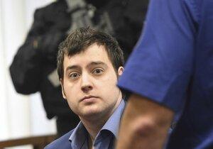 Dahlgren k soudu přišel tentokrát ostříhaný a upravený.