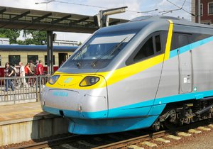 Už od soboty se z Břeclavi do Mikulova nesvezete vlakem: Rekonstrukce trati bude trvat tři měsíce!