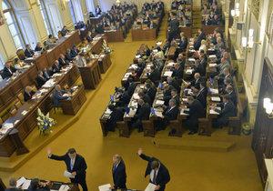 Poslanci po dlouhém maratonu hlasování schválili stavební zákon (ilustrační foto).