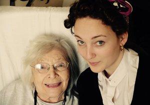 2015 - Jedna z poslední fotografií Havelkové s vnučkou Rozárkou.