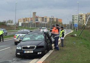Opilý řidič zavinil smrt svého spolujezdce (†42): Narazil ve Stodůlkách do sloupu