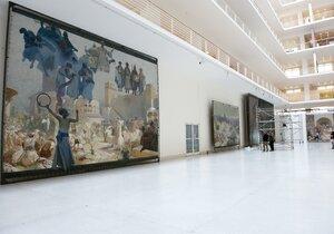 Devět pláten Slovanské epopeje a 200 plakátů Alfonse Muchy budou tahákem festivalu.