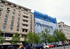 Budova Václavské náměstí 47 míří k demolici. Místo ní vyroste nový dům.